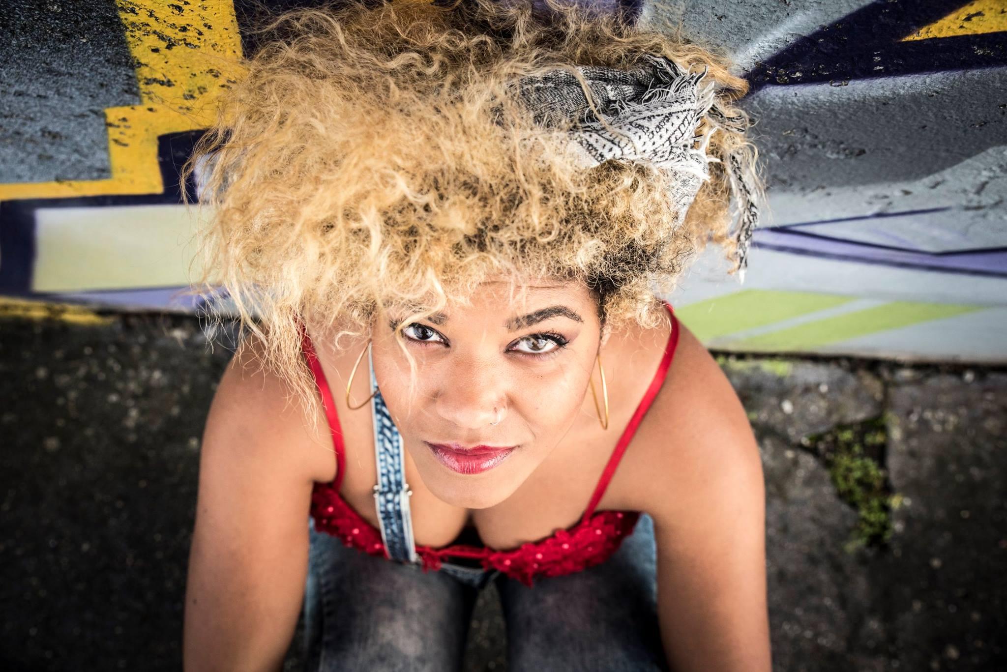 Jennifer Vargas foto3