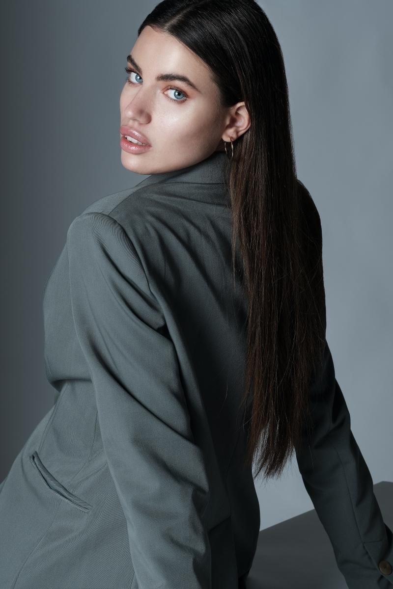Martina Z (17)