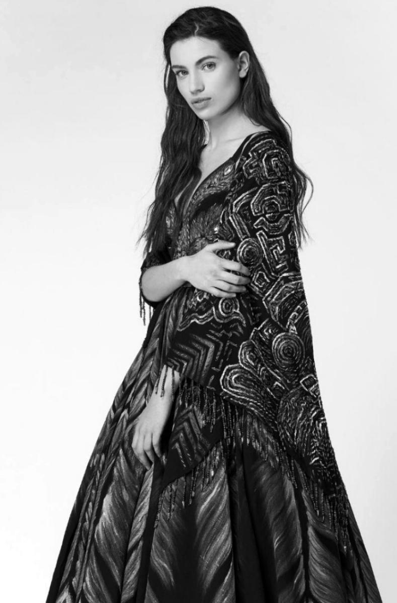 Martina Z (19)